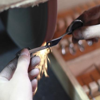 Финишная ручная заточка парикмахерких ножниц Sway